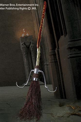 Harry  Potter - Firebolt 2001